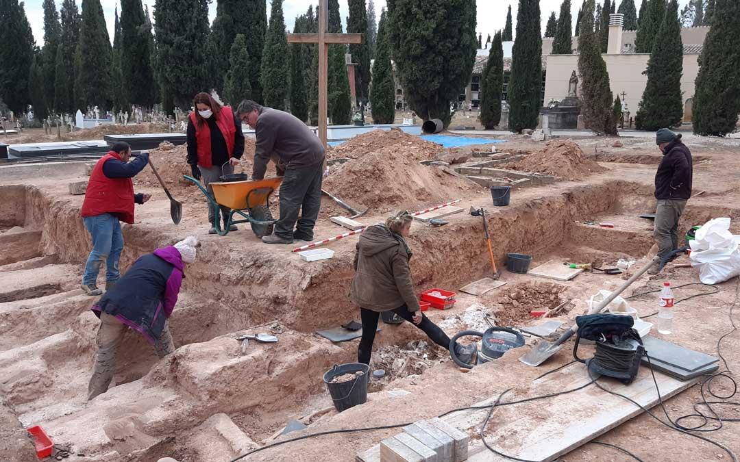 Trabajos en el cementerio de Alcañiz en 2019 / B. Severino