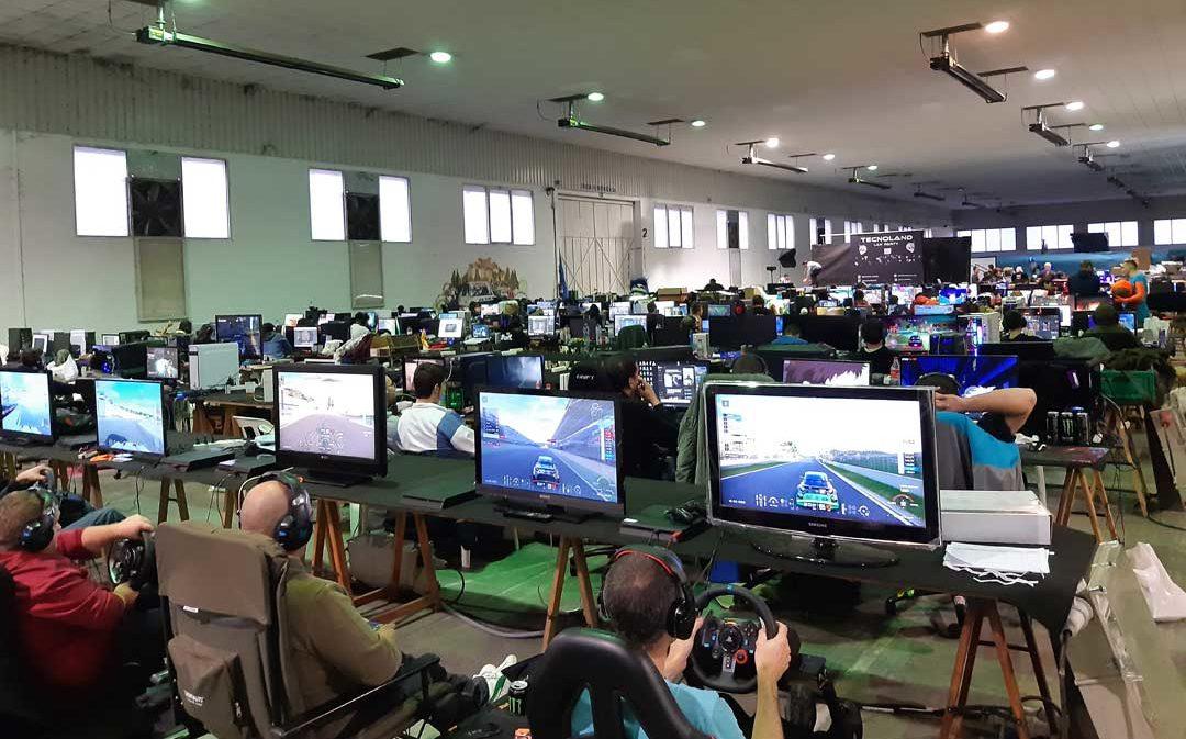 Buen fin de semana de juegos y tecnología en Tecnoland Alcañiz