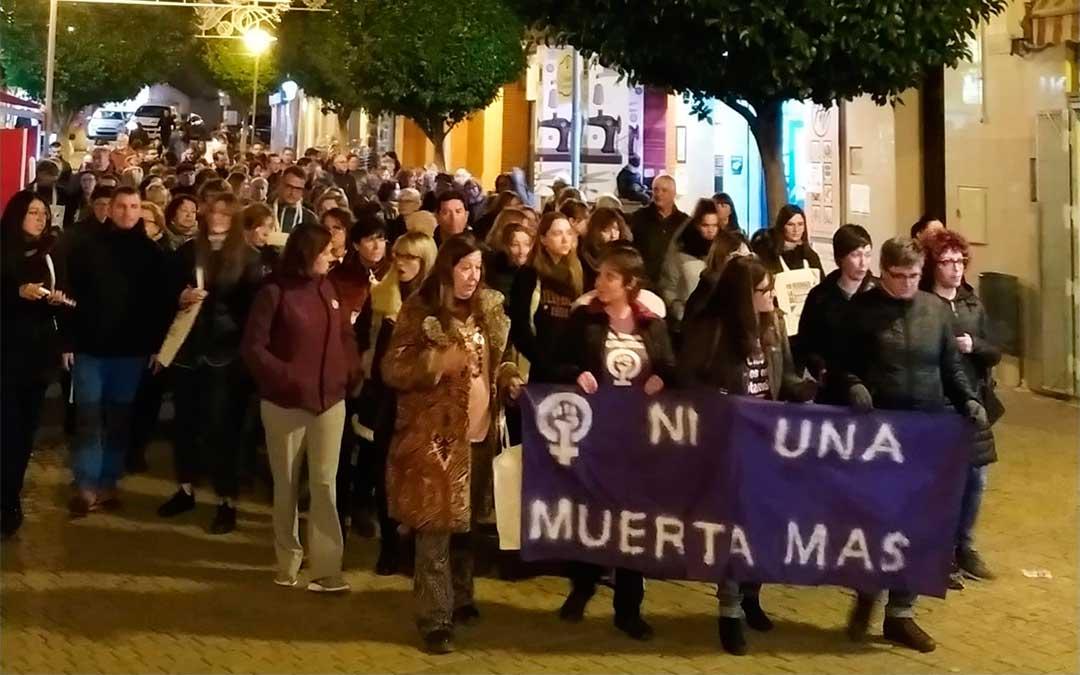 Concentración en Andorra por el Día Internacional contra la Violencia de Género.