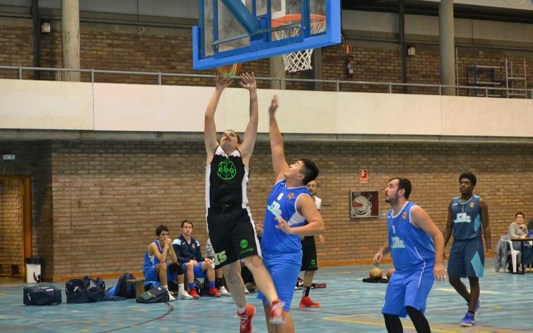Alcañizanos y zaragozanos ha disputado un partido entre dos de los equipos favoritos a ocupar puestos altos