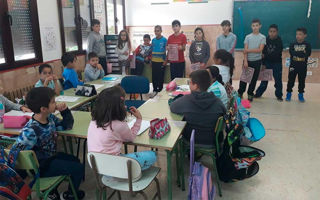 El colegio, que pertenece al CRA Somontano, ha estrenado la tercera aula este curso./ Heraldo