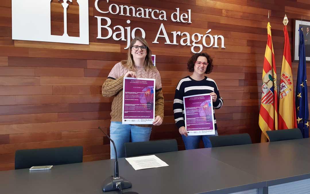 La consejera y la técnico, Susana Mene y Eva Antolín, en la presentación de los actos. / B. Severino