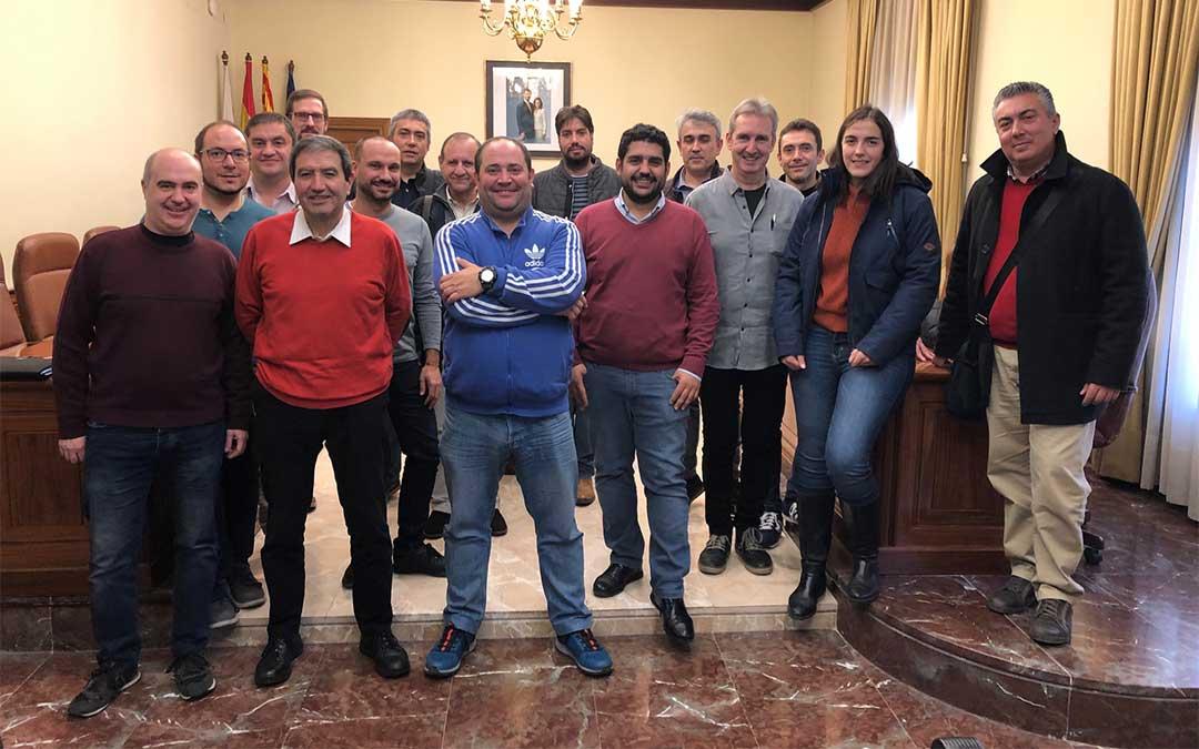 Encuentro del diputado delegado del Área de Cultura, Diego Piñeiro, con los representantes de las bandas de música de la provincia de Teruel.