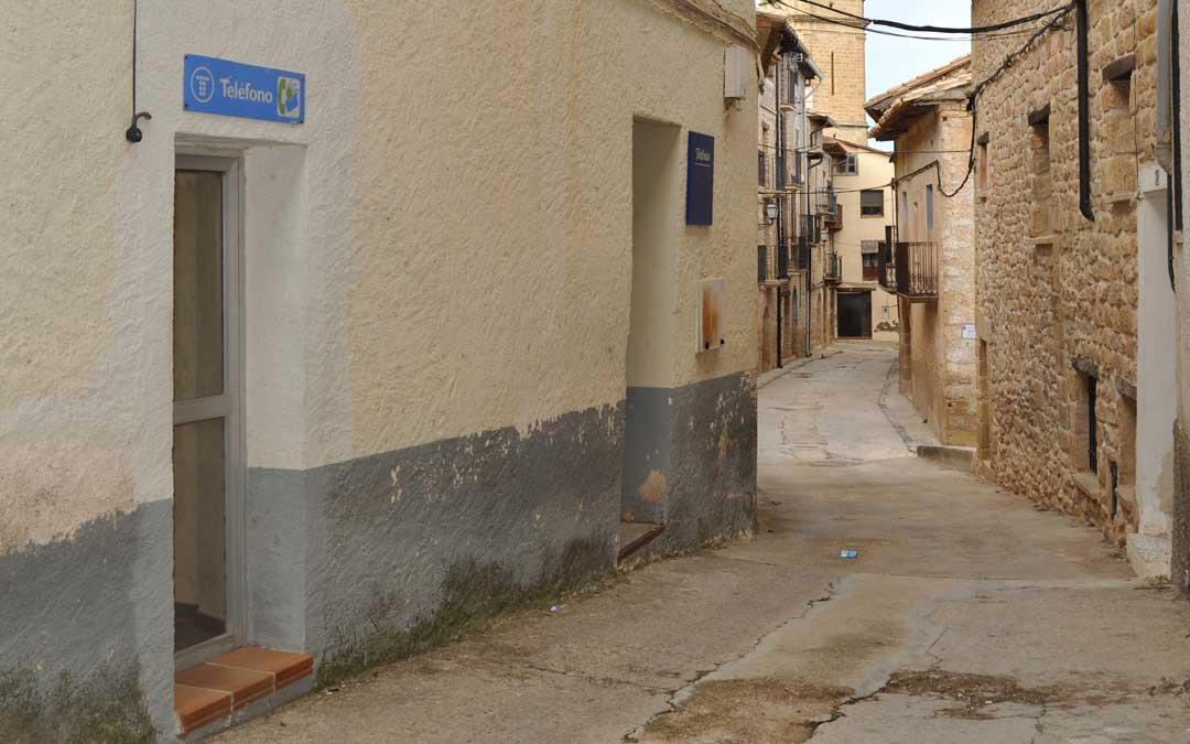 Los vecinos deducen que la incidencia podría venir de la centralita -en la imagen- situada en una céntrica calle.