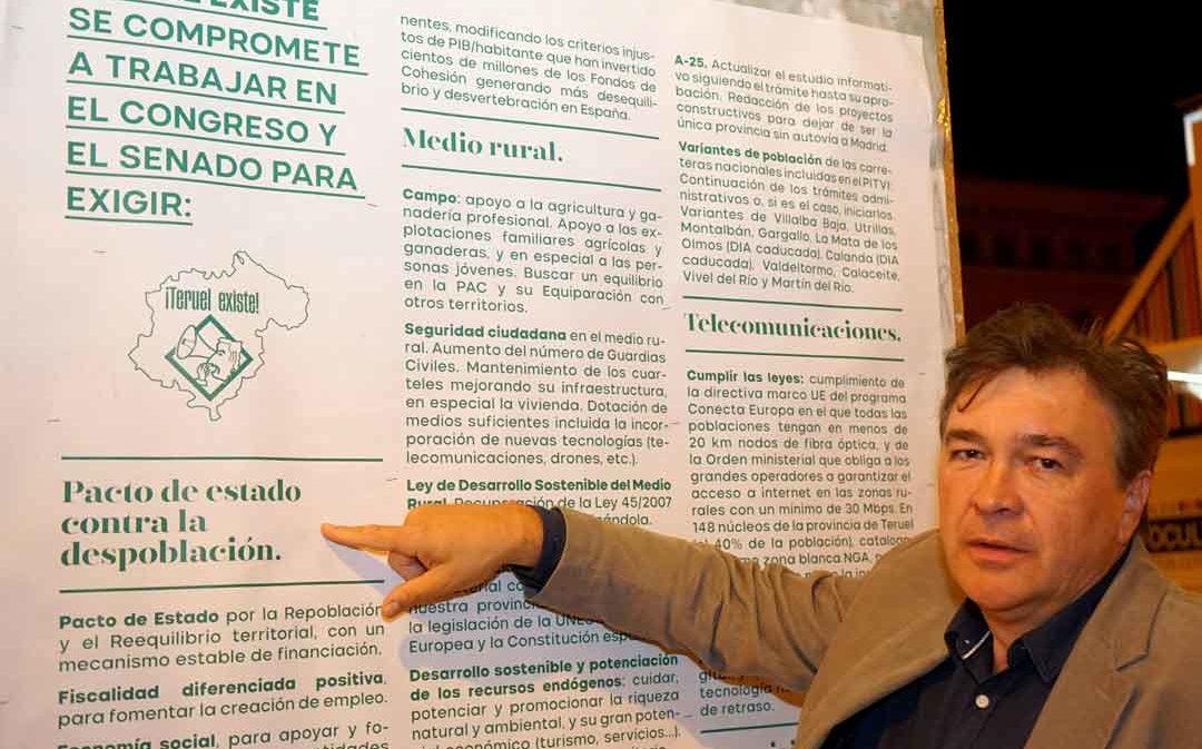 Teruel Existe se reúne en el Congreso con el PSOE
