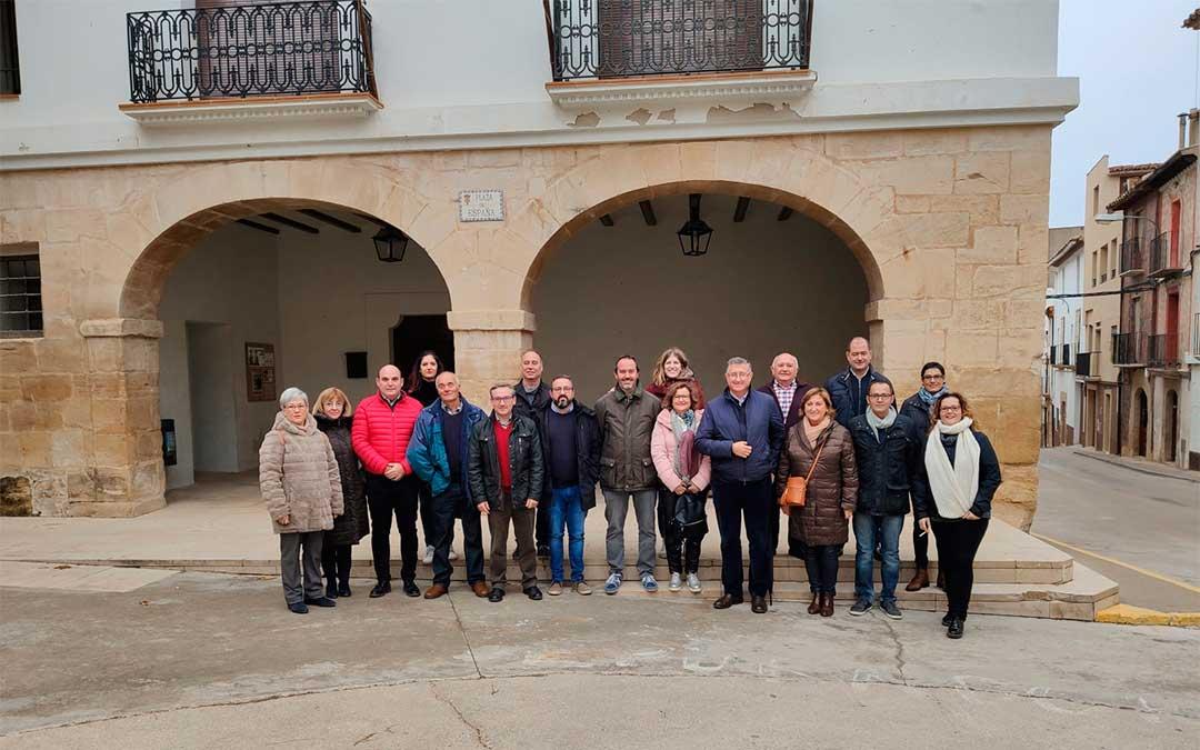 Afiliados y simpatizantes en el I Encuentro del Partido Popular del Bajo Aragón en Castelserás.