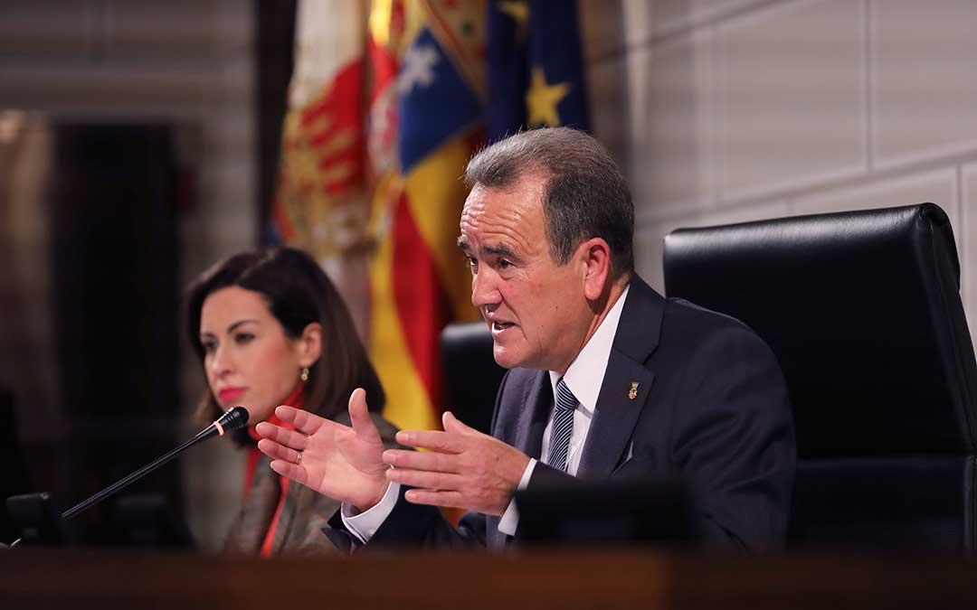 El presidente de la DPZ es Juan Antonio Sanchez Quero.