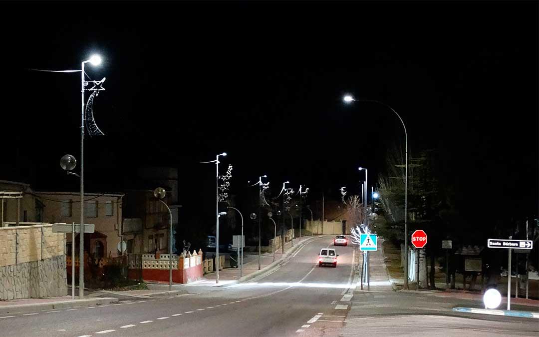 El Ayuntamiento de Utrillas ya ha renovado las luminarias de Las Parras y Barriadas del Sur.