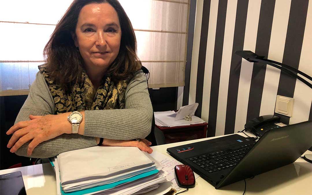La abogada Maria Floria lleva más de 40 casos de violencia de género en Zaragoza.