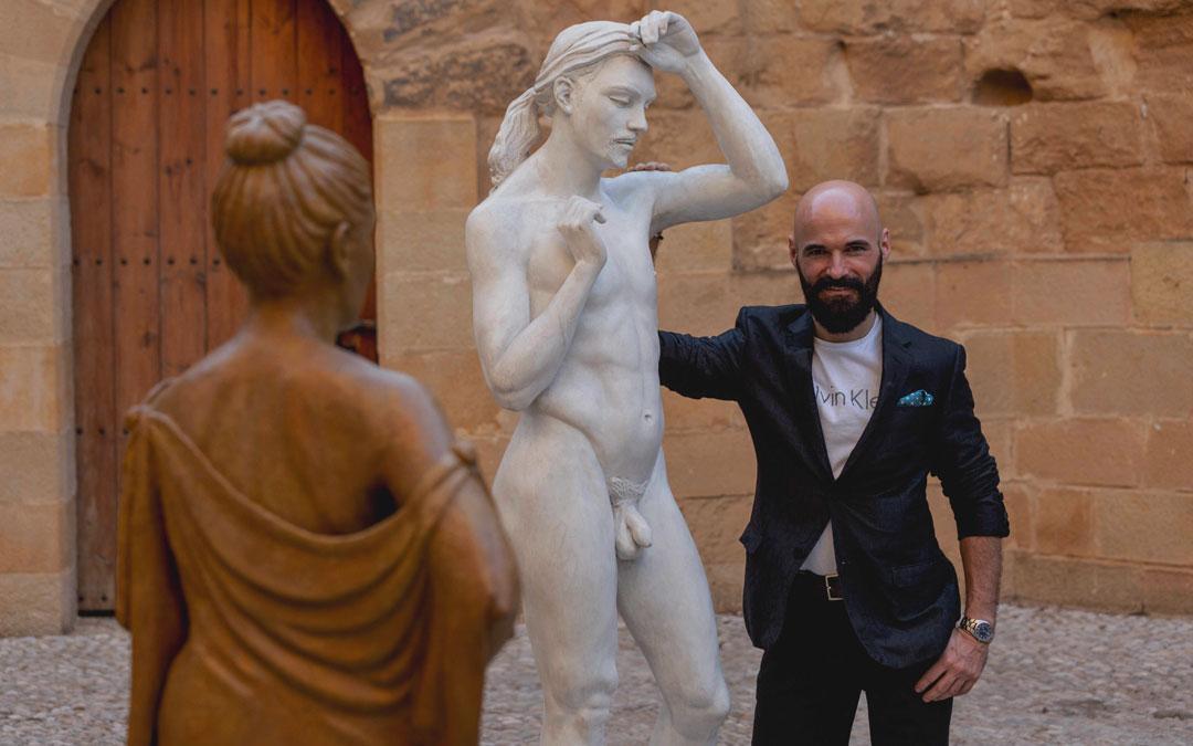 Una de las obras que presentó en Albalate en 'Miradas escultóricas', una exposición con Arnau y Hernández. / Ayo Cabrera