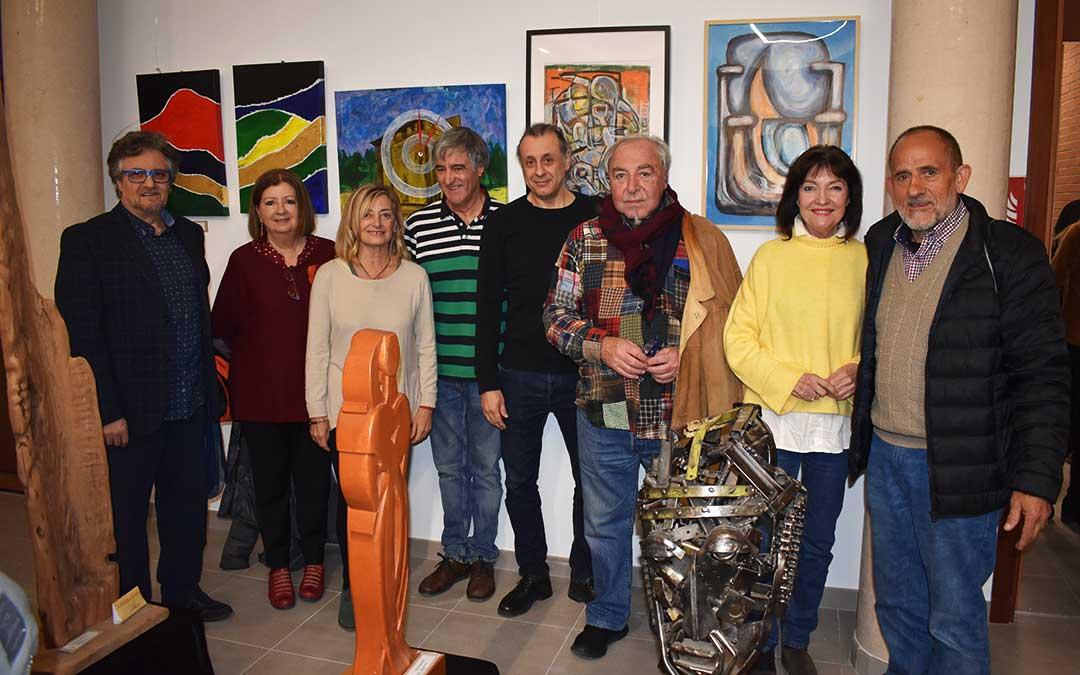 Algunos de los artistas que exponen en la muestra 'Mausoleo'.