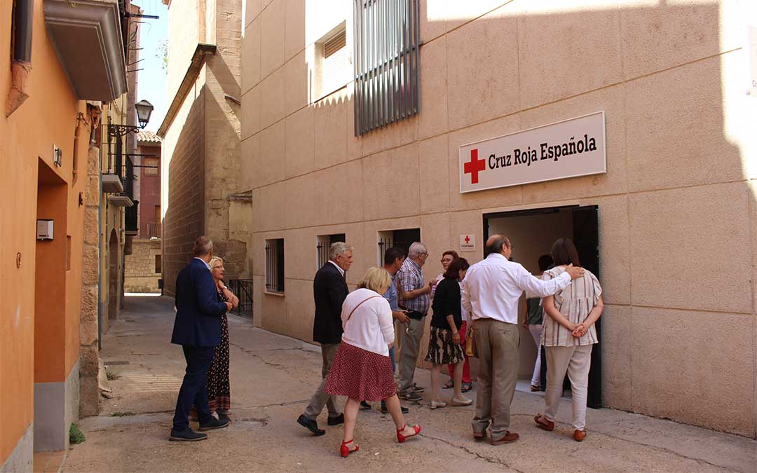 Imagen de archivo. Inauguración de las nueva estancias de la sede de Cruz Roja en Alcañiz.