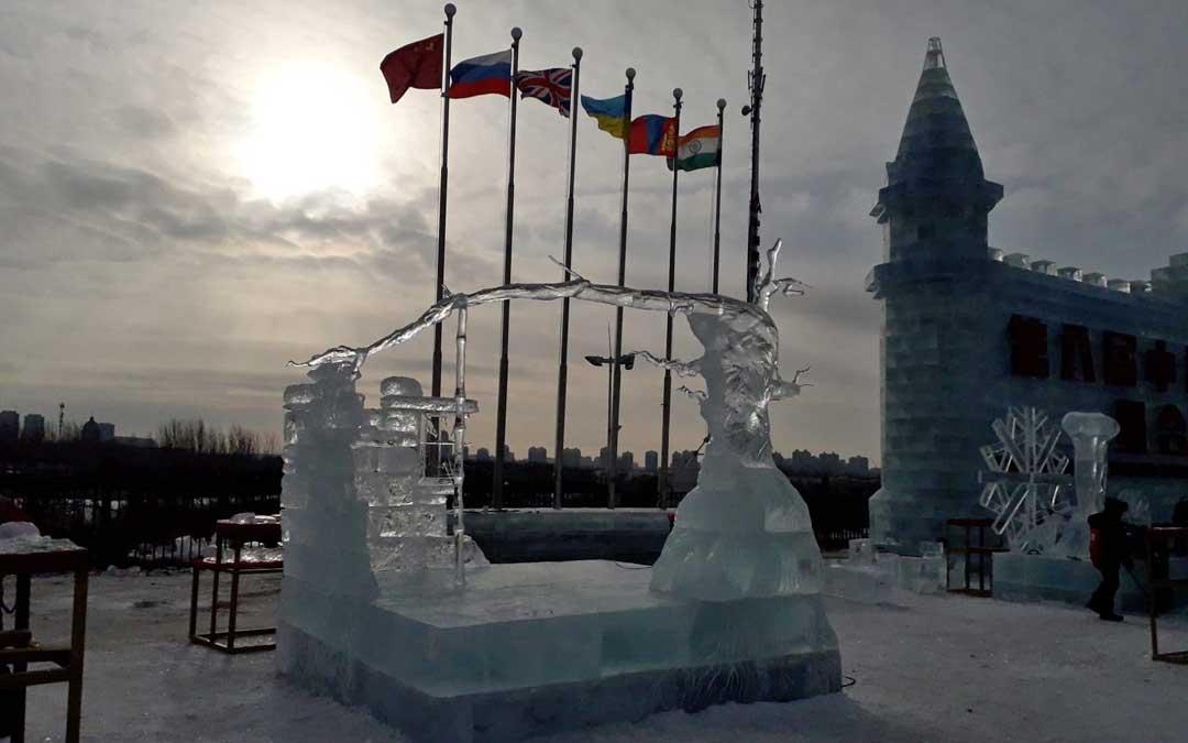 La escultura Ancient Memories logró el terer premio en Harbin, China.