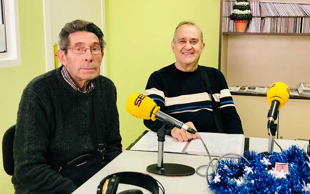 Alfredo Grañena y Manuel Buenacasa de la Rondalla Compromiso.