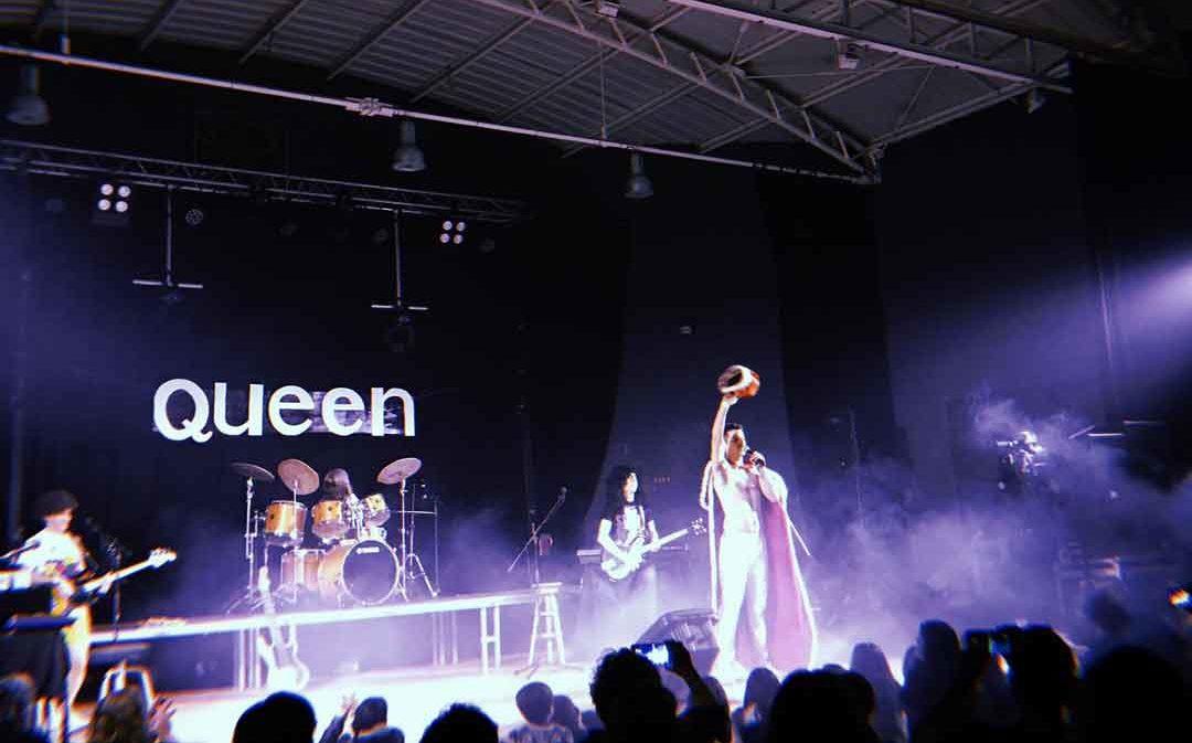 Híjar cae rendido ante Queen para luchar contra el Cáncer