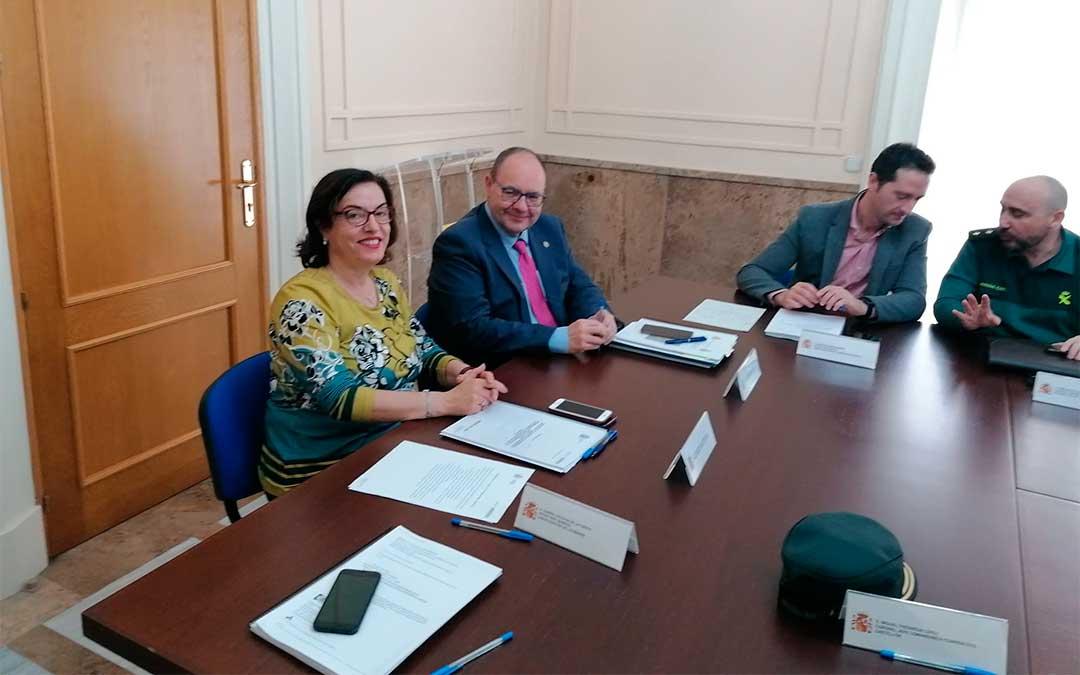 El subdelegado del Gobierno en Teruel, José Ramón Morro y la Subdelegada del Gobierno en Castellón, Soledad Inmaculada Ten, han presidido la reunión de coordinación para hacer frente a las situaciones meteorológicas.