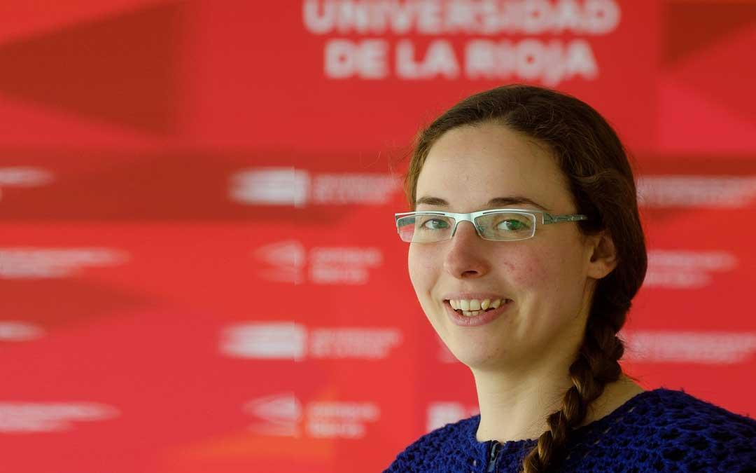 La valderrobrense obtuvo el grado de doctora por la Universidad de La Rioja.