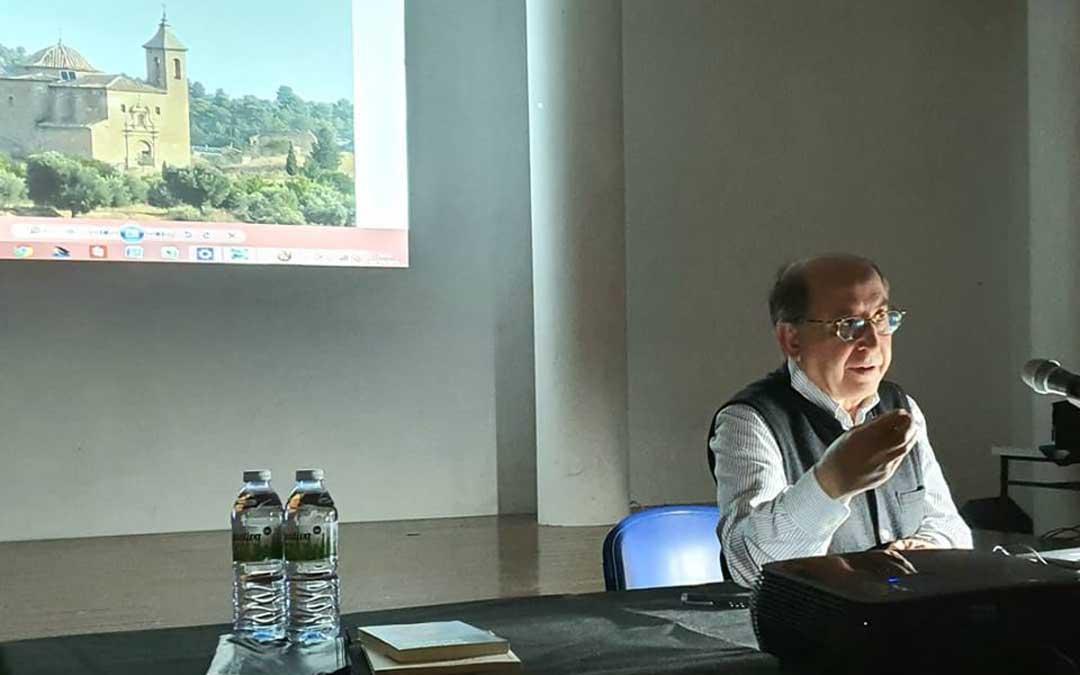Carlos Sancho aportó distintos datos de interés sobre el Mas del Labrador