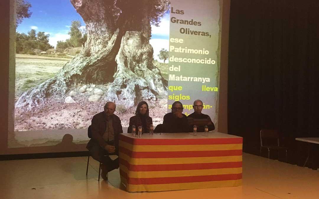 El teatro de la Germandat fue el escenario de la presentación de este proyecto.