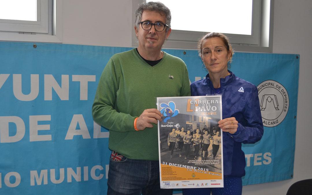 Kiko Lahoz, concejal de deportes del consistorio alcañizano y Laura Clavería del Tragamillas