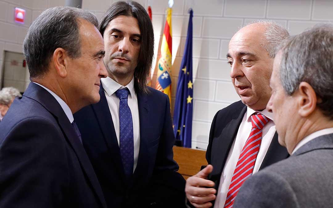 Representantes de la Diputación al terminar el pleno.