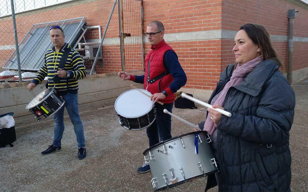 El Bajo Aragón y Alagón se unieron en el toque./ Alberto Gracia