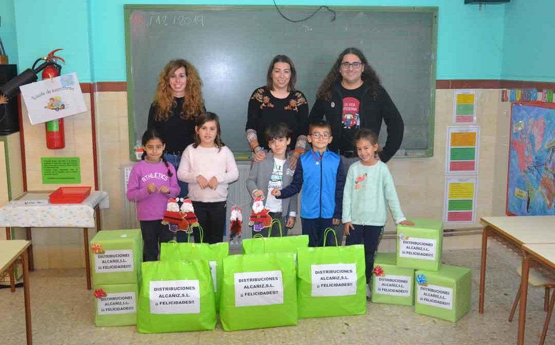 Los niños y niñas de Urrea ganan el concurso de postales navideñas de La COMARCA