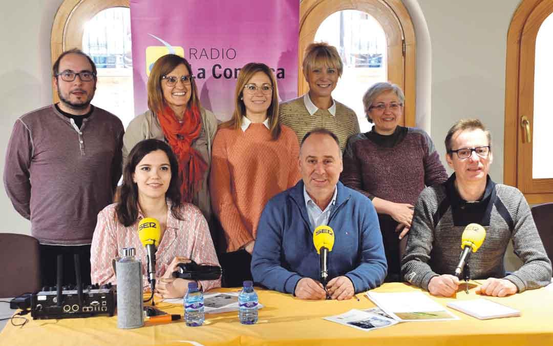 Programa de radio La COMARCA ayer en Alcorisa en el que se abordó la Semana Cultural.