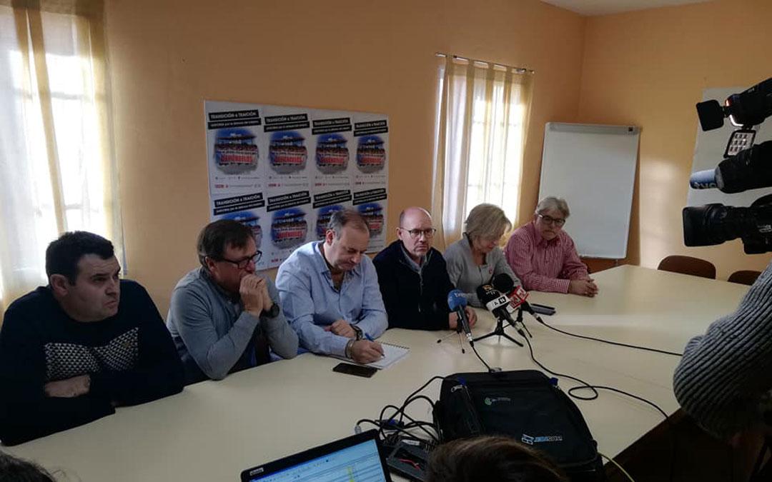 Rueda de prensa de presentación de la movilización en Andorra. / Facebook CCOO Bajo Aragón Histórico, Andorra y Cuencas Mineras