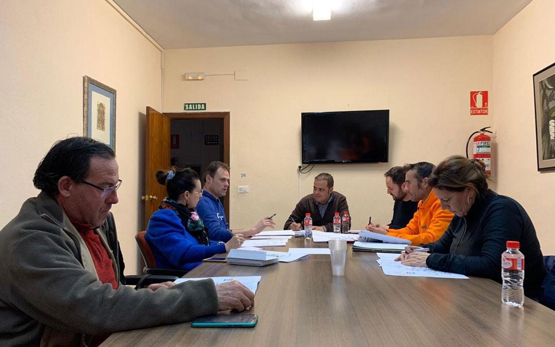 Reunión este domingo en el Ayuntamiento de Andorra para coordinar y preparar el Plan de Emergencia por nieve y heladas. / Ayto. Andorra