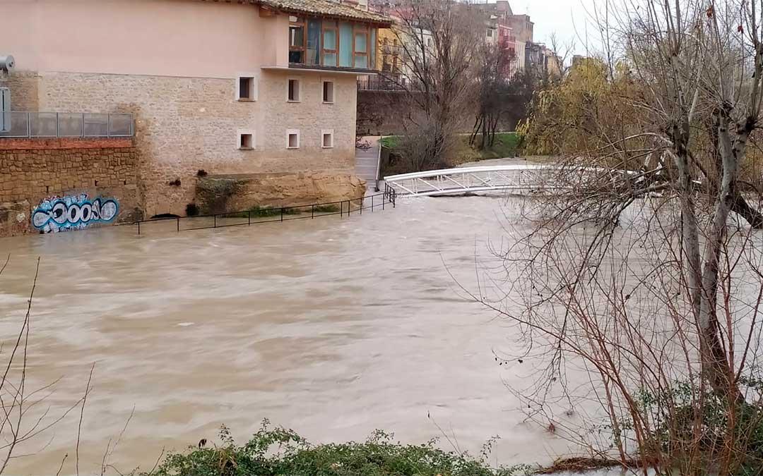 Río Guadalope a su paso por Alcañiz este miércoles./J.P.