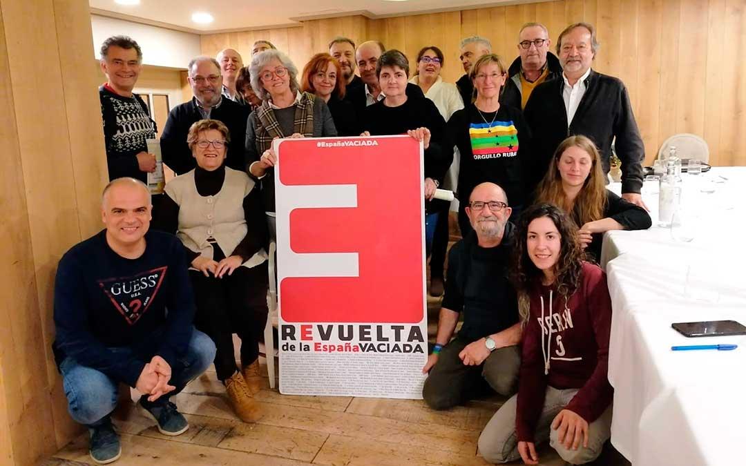 Foto de archivo de los integrantes del nuevo colectivo durante la reunión en Zaragoza.