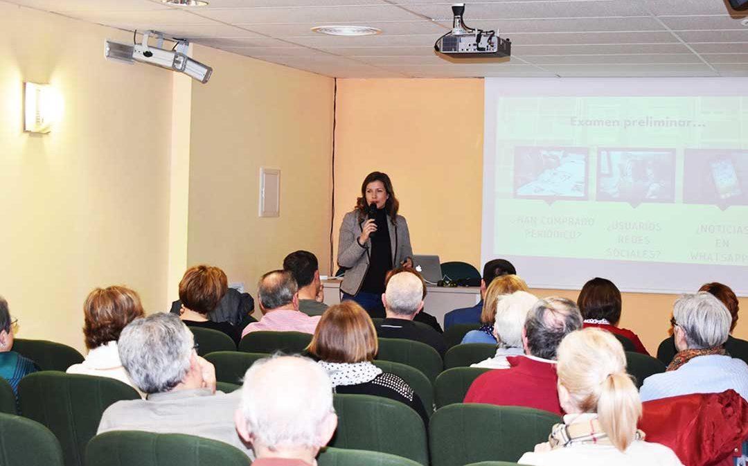 La realidad de los medios de comunicación, nueva 'lección' de la Universidad de la Experiencia de Caspe