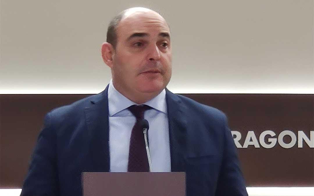 Rueda de prensa ofrecida esta mañana en las Cortes de Aragón por Juan Carlos Gracia, portavoz de Turismo del PP en el Parlamento regional./ PP