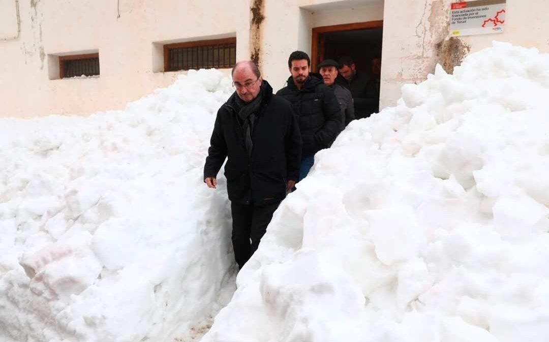 Aragón trabaja en un servicio de telefonía satelital para evitar que vuelvan a quedarse pueblos incomunicados