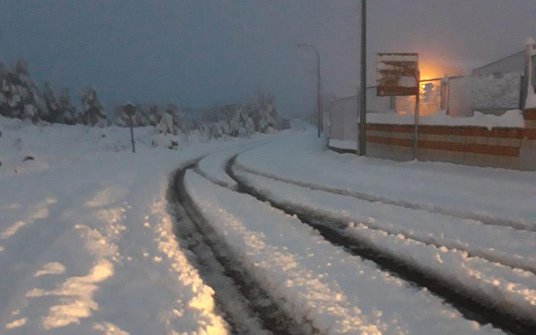 Una de las calles del polígono Las Horcas de Alcañiz este martes por la mañana