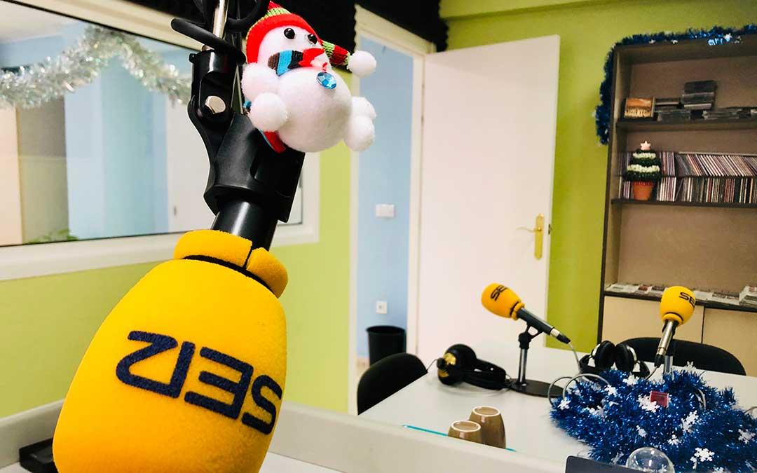 Navidad en el estudio de Radio Caspe.