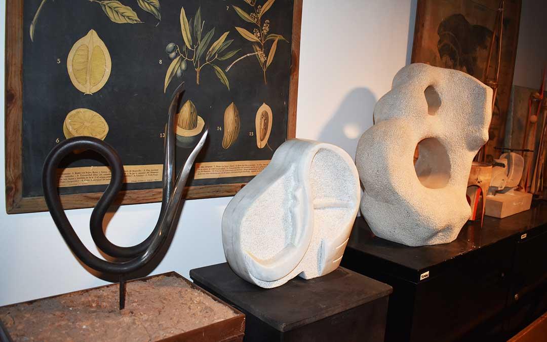 Esculturas de metal y piedra de Toño Rapa.