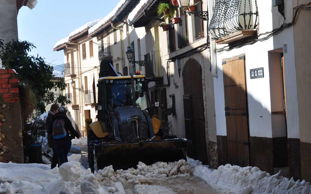En Peñarroya de Tastavins el suministro eléctrico no se recobró hasta el jueves a medio día.