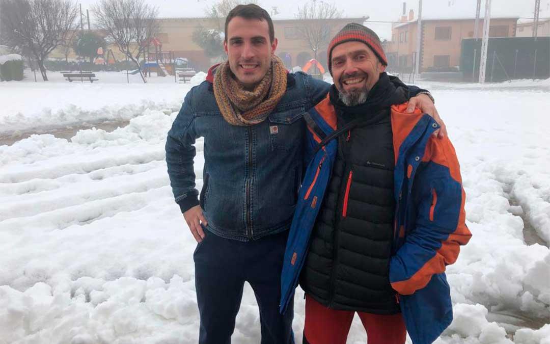 Garrote y De La Ascensión, dos maestros rurales atrapados por la nieve de la borrasca 'Gloria'