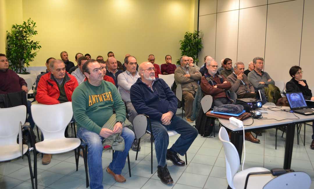 Regantes presentes en la charla que se ha celebrado en Alcañiz