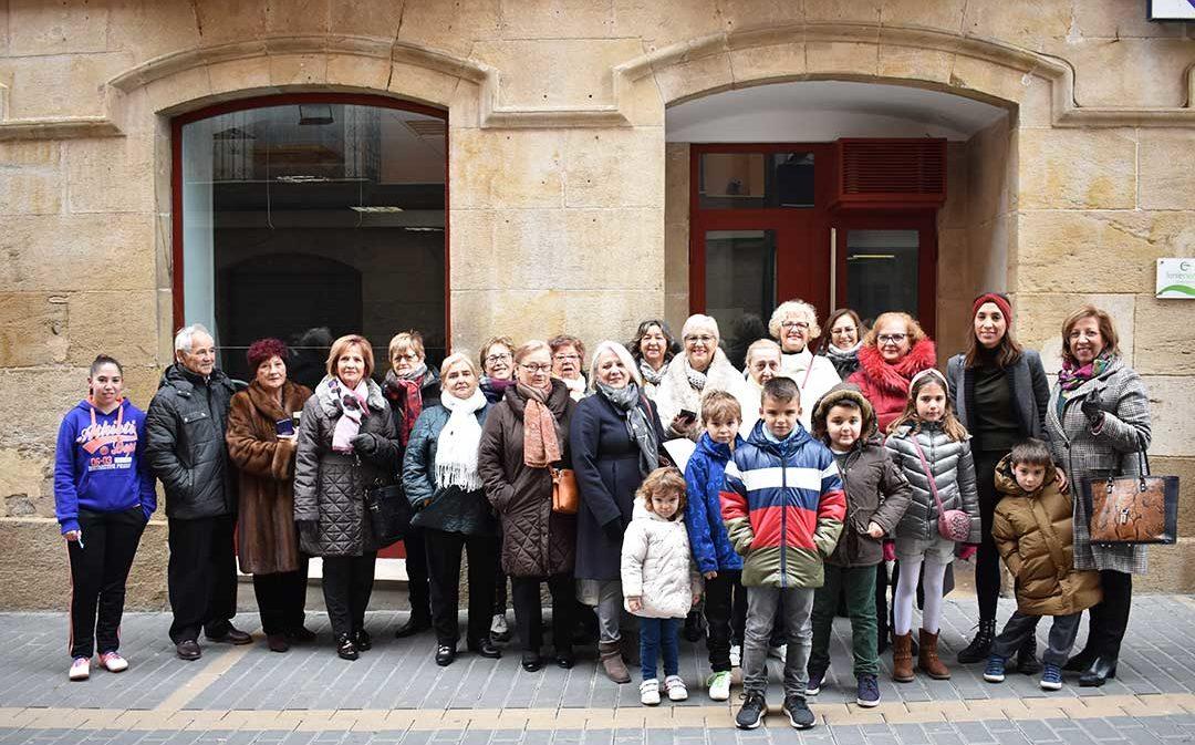 La Asociación de la Mujer Caspolina sortea su cuarta cesta navideña