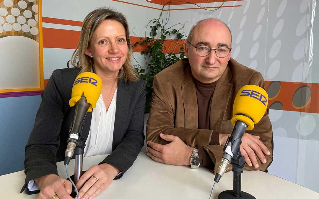 Montse Piquer, Agente de Desarrollo Local; y Javier Baigorri, teniente de alcalde de Alcañiz.