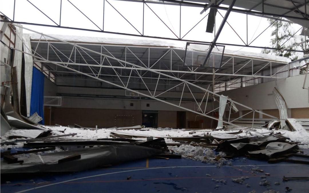 En Valderrobres se ha caído el techo del pabellón polideportivo