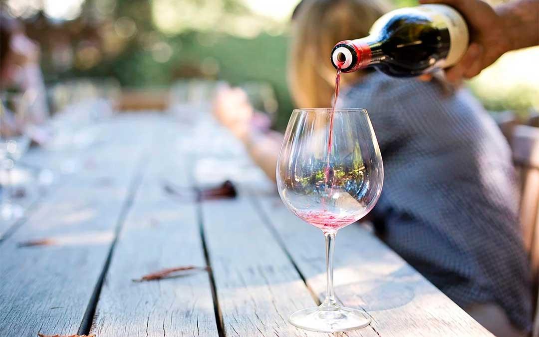 En el Taller 'Agroalcañiz' se adquirirán conocimientos sobre elaboración de vinos.