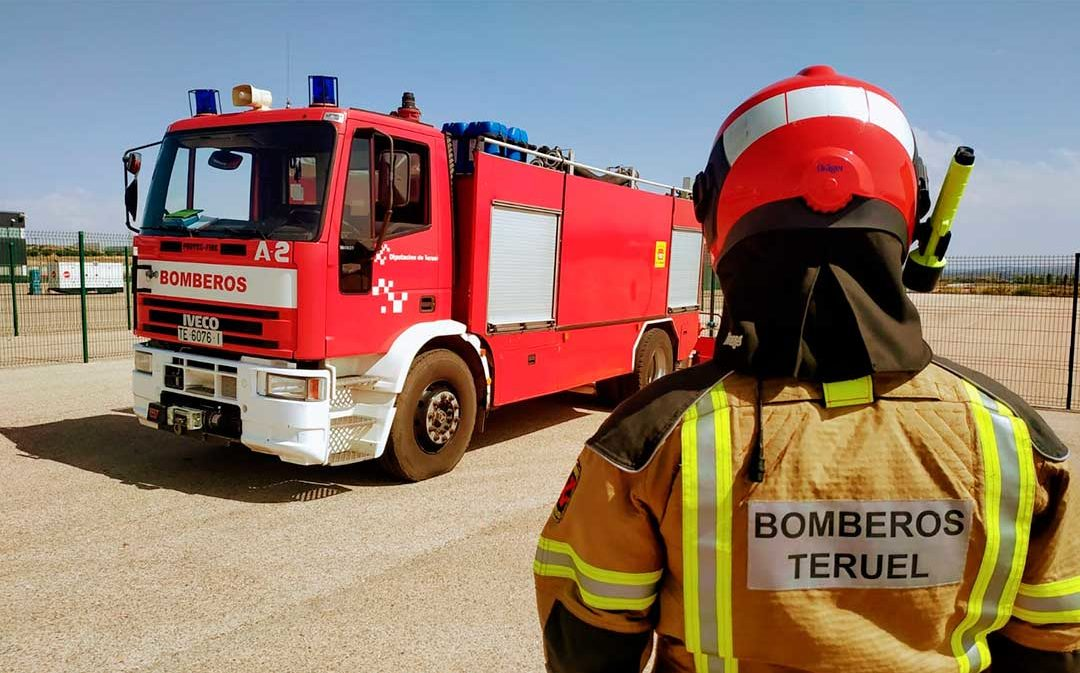 Los 49 bomberos en prácticas de la DPT comienzan su formación