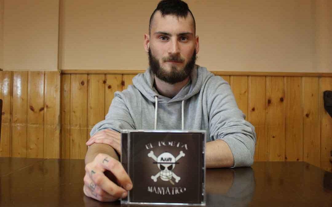 Many, 'El poeta manyatico', publica su primer videoclip con su rap hecho desde Castelnou