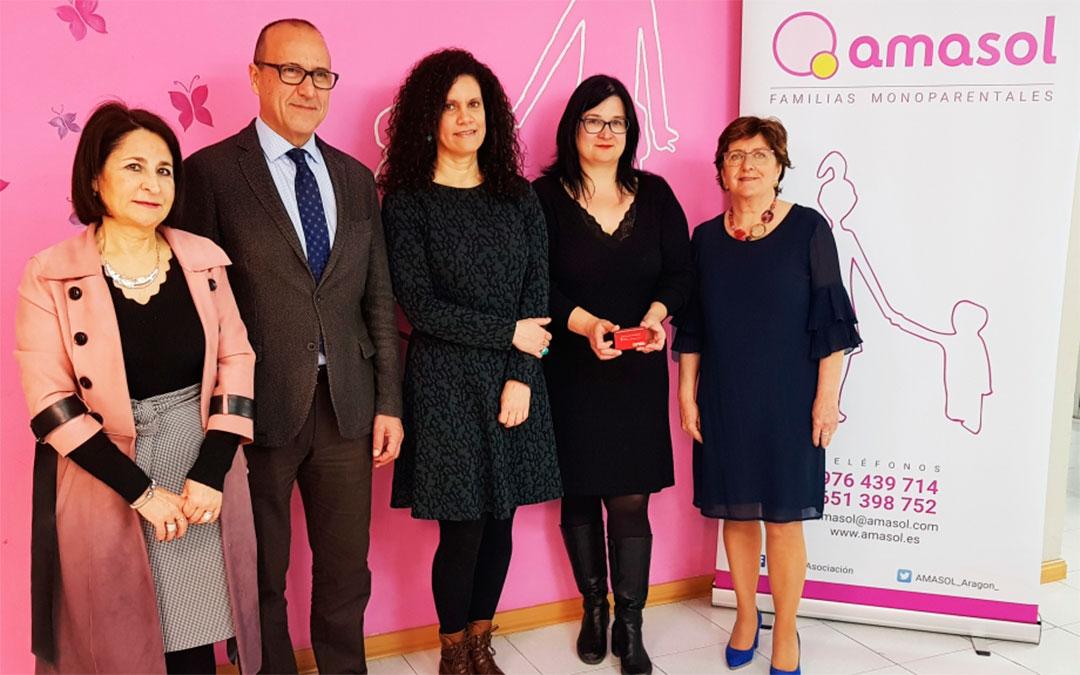 Los consejeros de Educación y Ciudadanía se reúnen con Amasol./ DGA