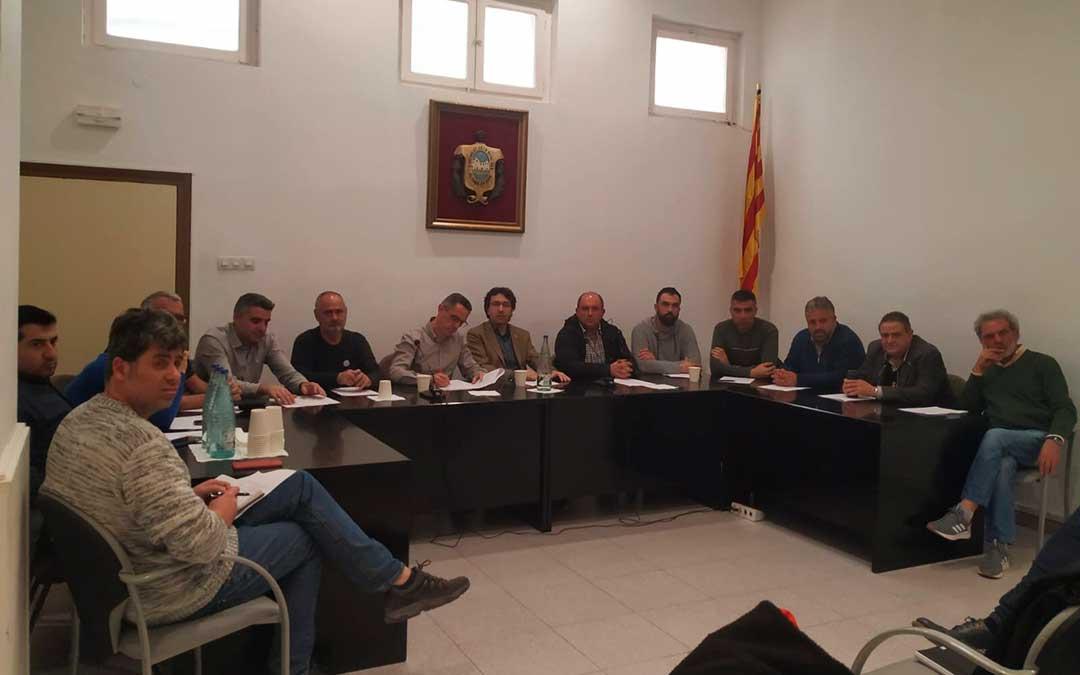 Alcaldes firmantes de la declaración en el Ayuntamiento de Mora la Nova.
