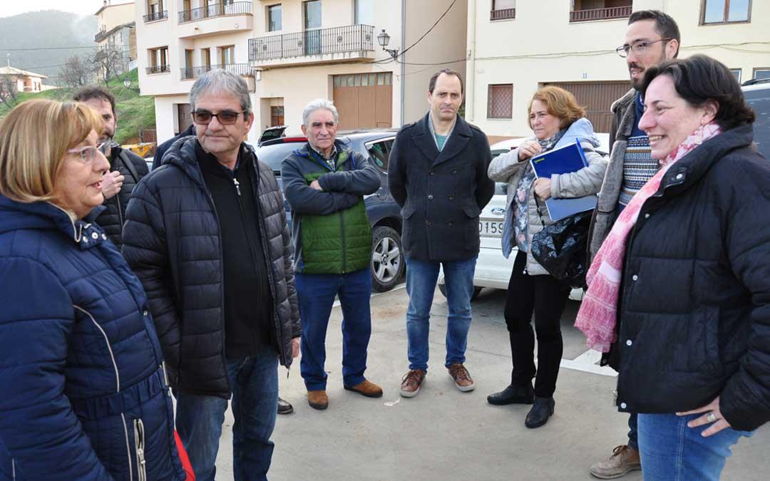 Alcaldes y consejeros comarcales han recibido a la directora general.